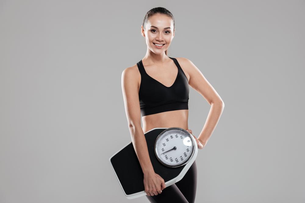 153cmの理想的な体重と体型の女性
