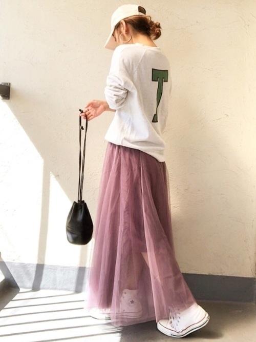カットソー×ピンクチュールスカート