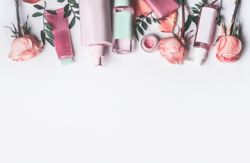 20代のほうれい線予防のためのスキンケア化粧品