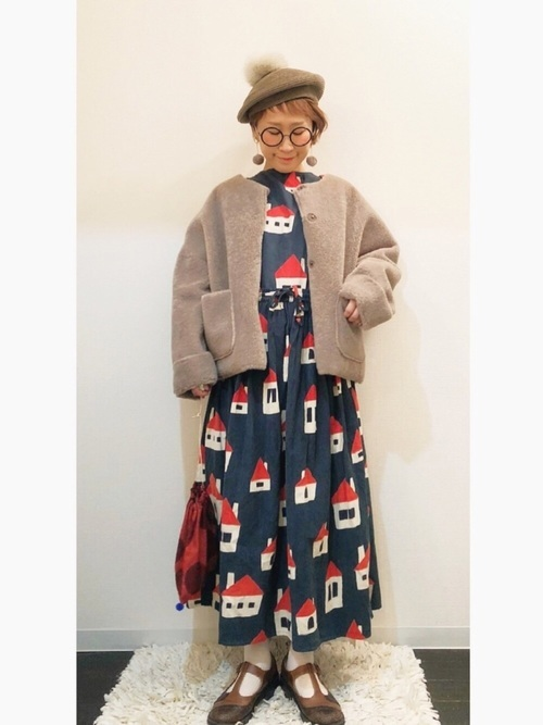 ワンピースを使った北欧ファッション