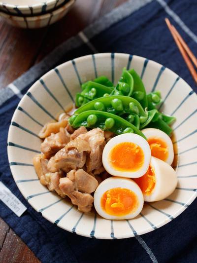 お肉とゆで卵の煮物