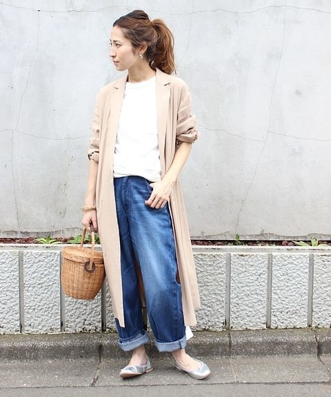 着痩せにおすすめのリネン素材のロングコート