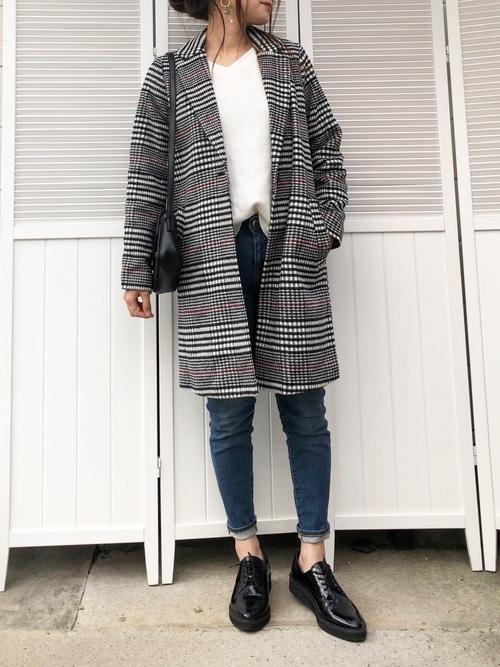 チェスターコートを使ったシドニーの服装