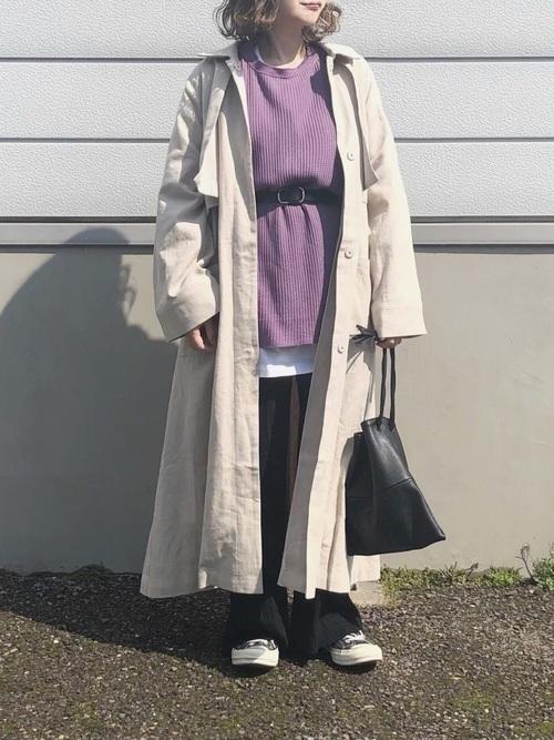 ステンカラーコートを使ったビッグTシャツコーデ