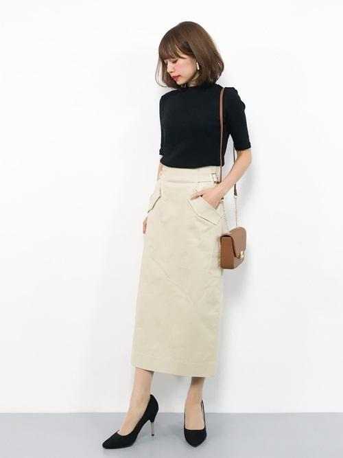 タイトスカートを使った料亭の服装
