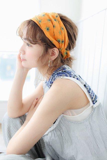 スカーフを使ったアレンジヘア