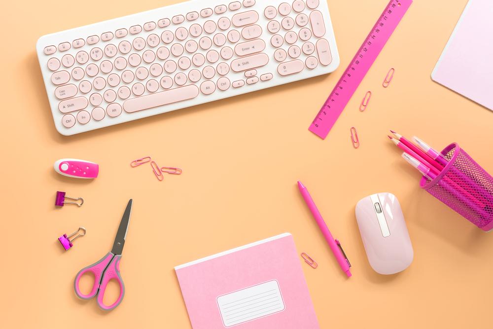 文房具とキーボード