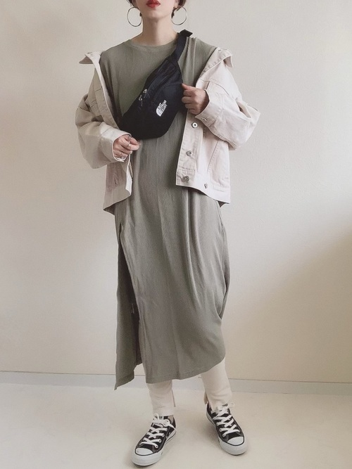 ジャケットを使った鍾乳洞の服装