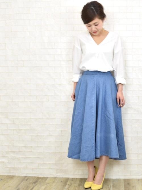 きれい色スカート×スキッパーシャツ
