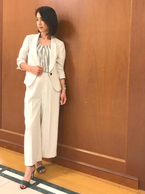 夏のレディースジャケットコーデ【5】シルエット美人な5分袖ジャケット
