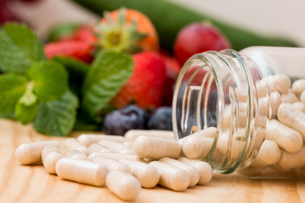 果物とサプリメント