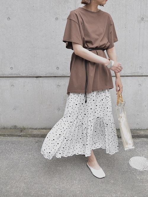 フレアスカート×足袋バレエ