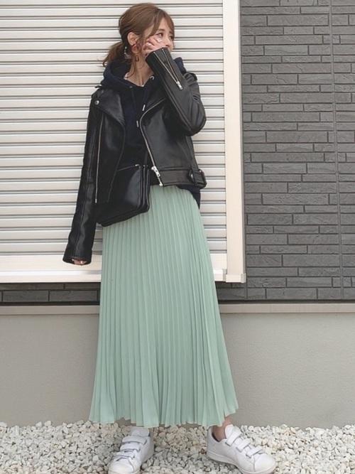 ボリュームスカートを使ったコーデ【4】冬: