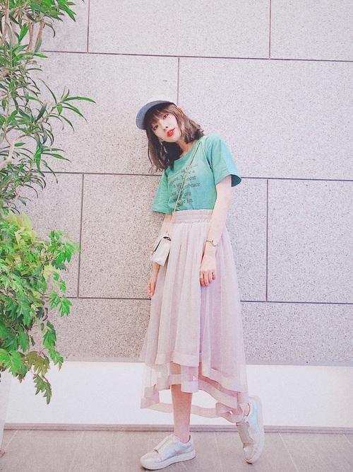 ボリュームスカートを使ったコーデ【8】身長低め女子に: