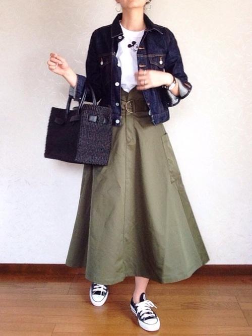 ボリュームスカートを使ったコーデ【9】身長高め女子に: