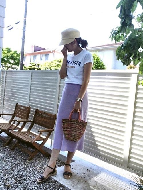 ニットスカートの夏コーデ