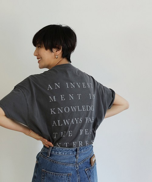スミクロのバックプリントのTシャツ