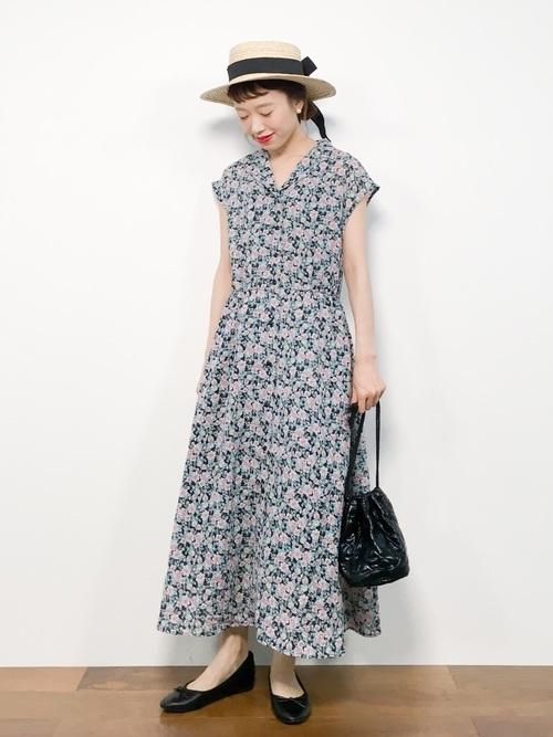 花柄ワンピースを使った和歌山の服装