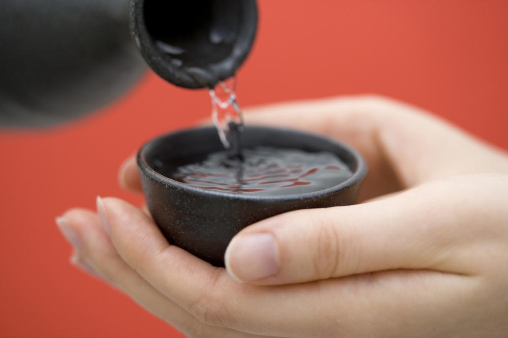 日本酒の注がれ方のマナー