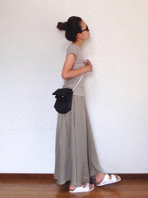 UNIQLO(ユニクロ)リブTシャツ×スカート