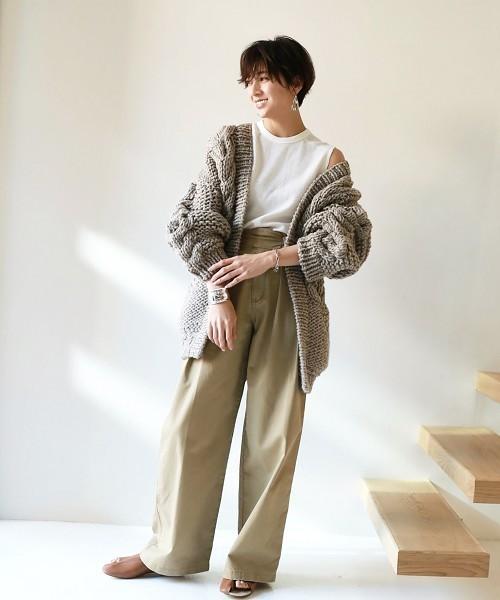 女っぽいナチュラルファッションコーデ