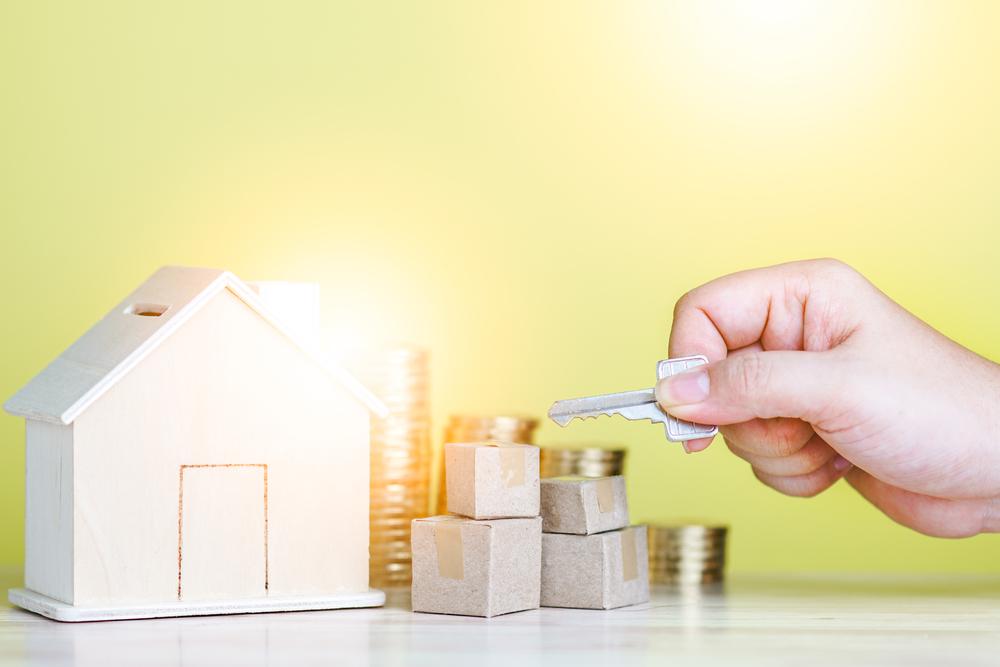 家とお金の写真