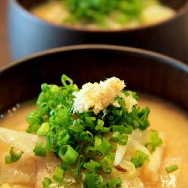 朝のパワーフード、酒粕&おから入りのお味噌汁。のレシピ
