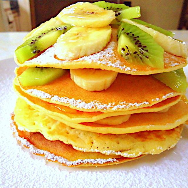 お菓子のようなフルーツパンケーキのレシピ