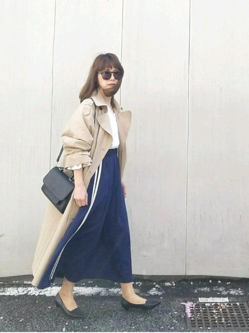 トレンチコート×ジャージスカート