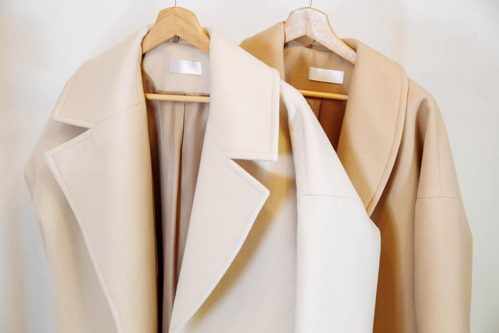 冬の結婚式に避けたいコートの色