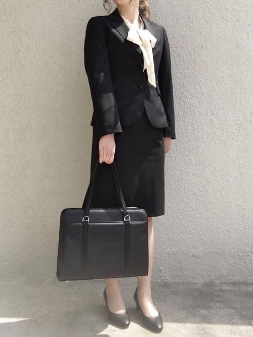 スーツを使った教育実習の服装