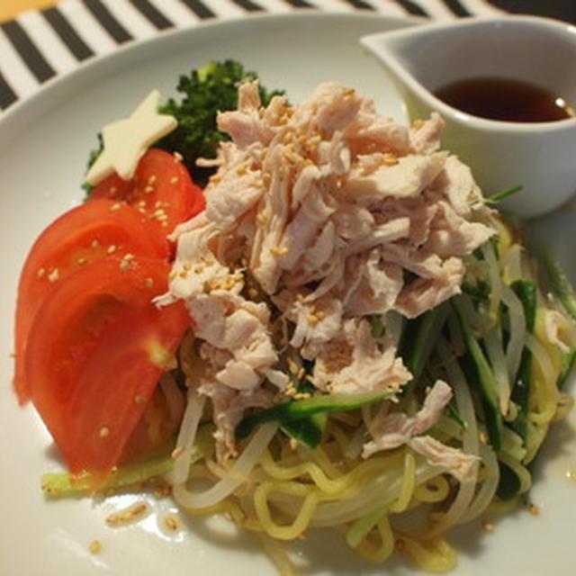 野菜とささみのボリューム満点冷やしラーメン
