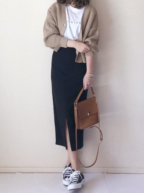 タイトスカートを使った江ノ島デートの服装