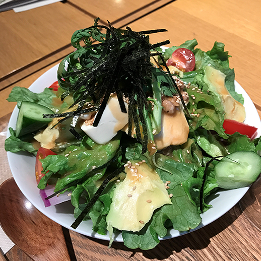シンシアガーデンのサラダ