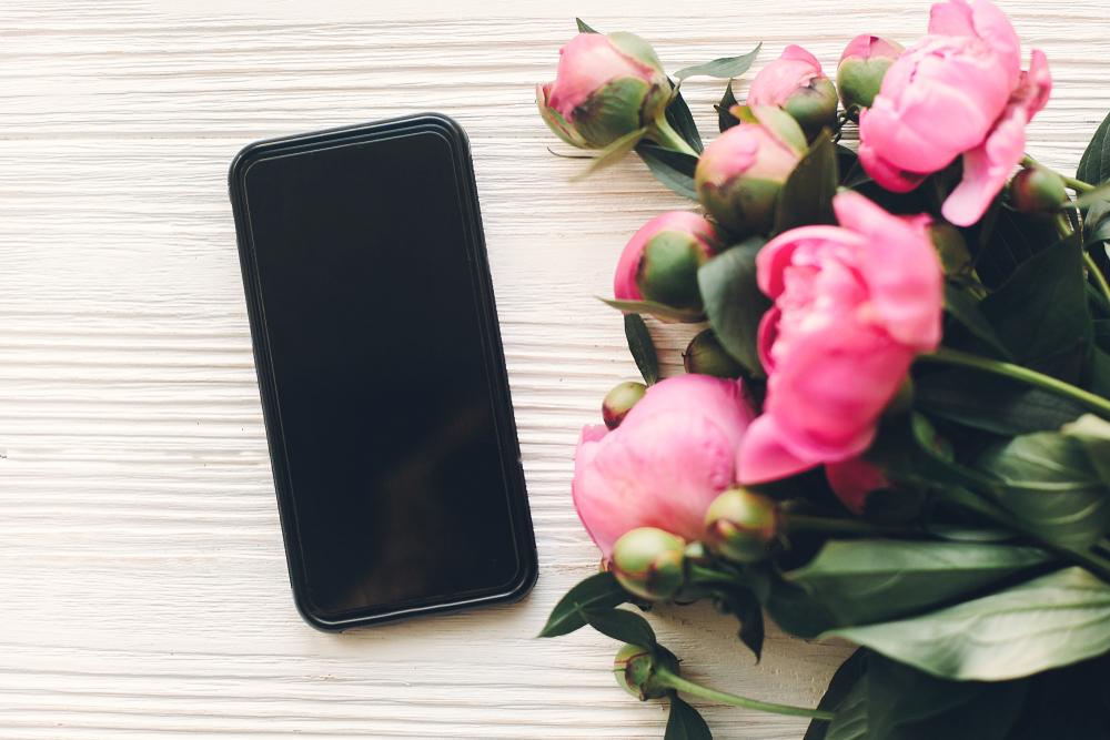 スマホと花束