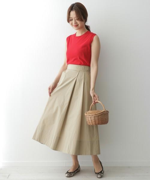 アースカラーのスカートコーデ