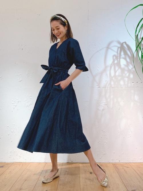 ワンピースを使ったモナコの服装