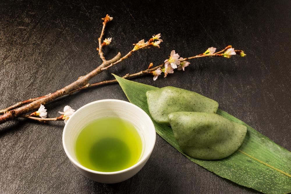 緑茶とよもぎ餅