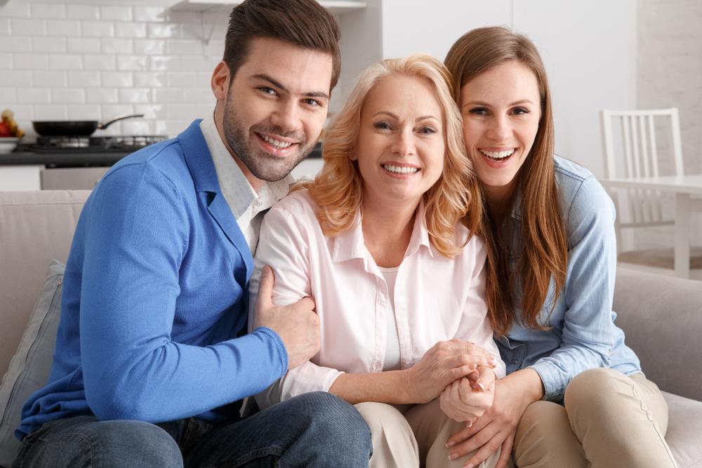 マザコンの彼氏と母親と彼女
