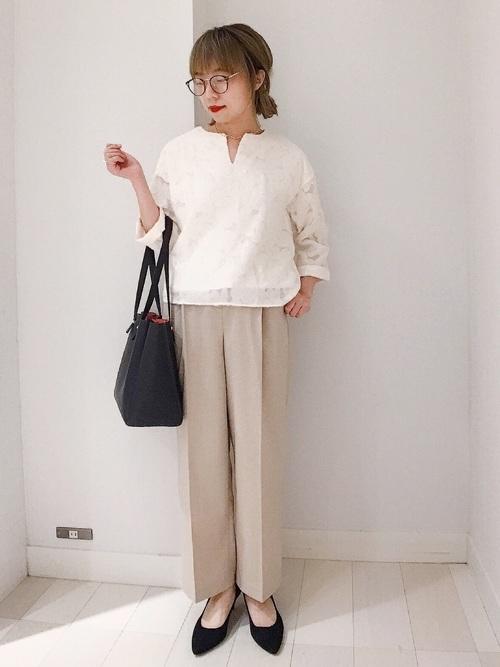 白ブラウスを使った選挙の服装