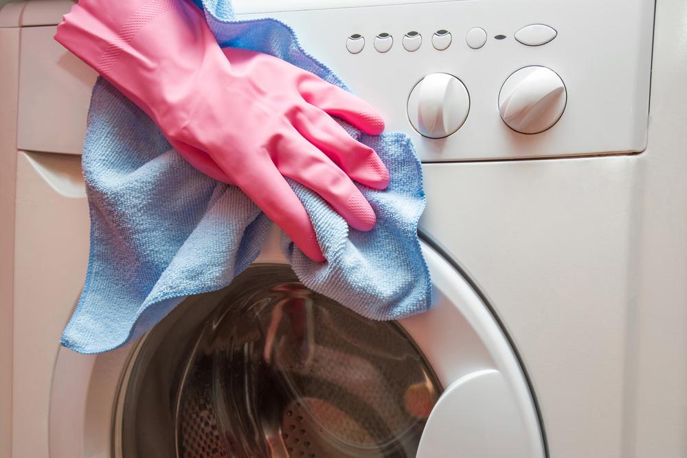 洗濯機の外側の掃除