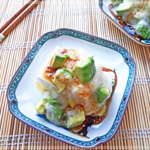 アボカドとろろの中華風冷ややっこのレシピ