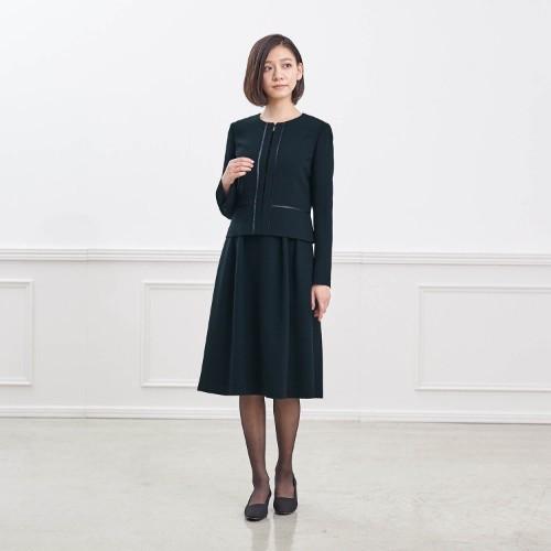 葬式 服装