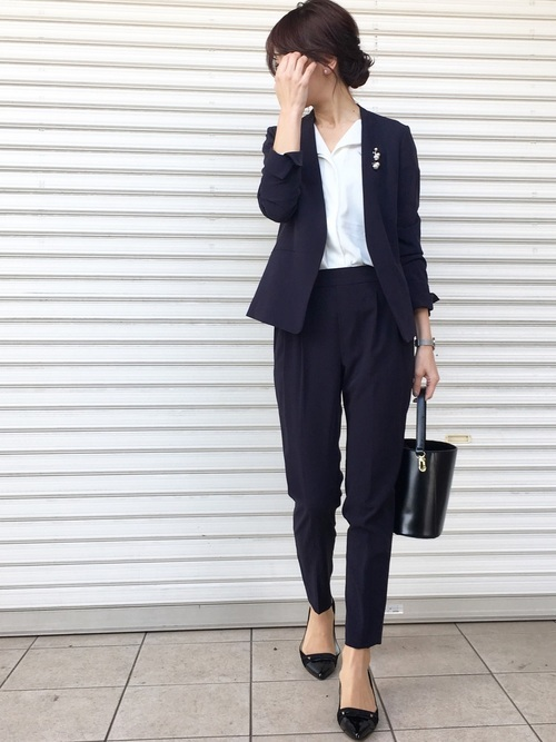 スーツを使った裁判所の服装