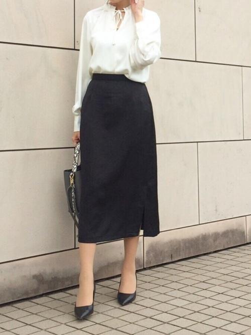 スカートを使った裁判所の服装