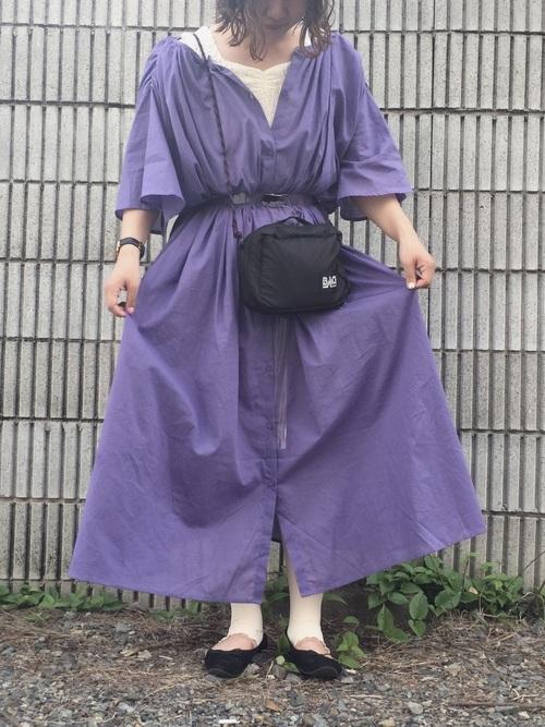 紫ワンピのコーデ