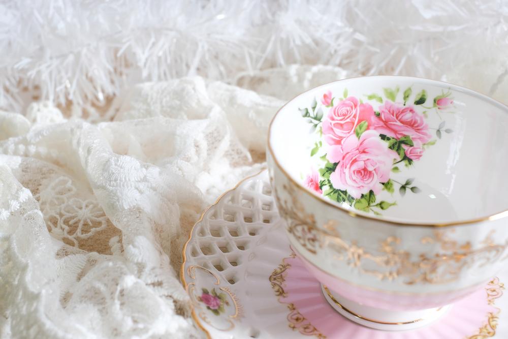 花柄のティーカップセット