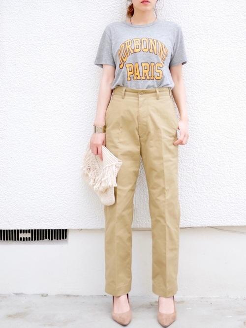 Tシャツ×ハイウエストパンツ