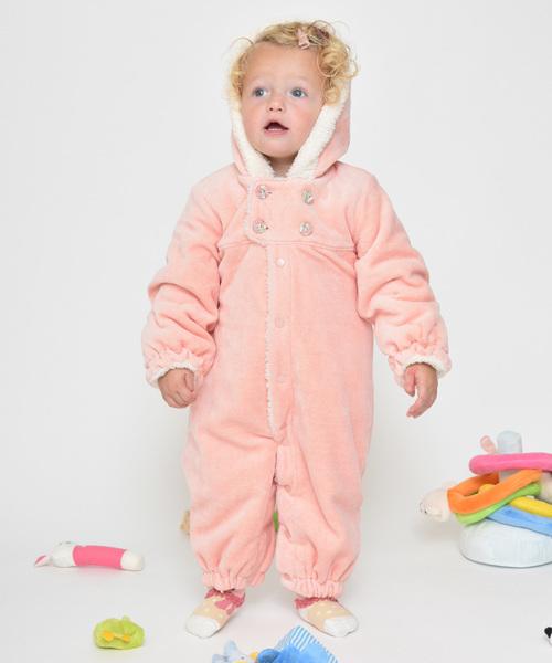 防寒に役立つ新生児服