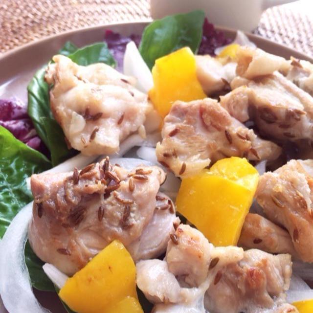 鶏肉とパプリカのクミン炒め
